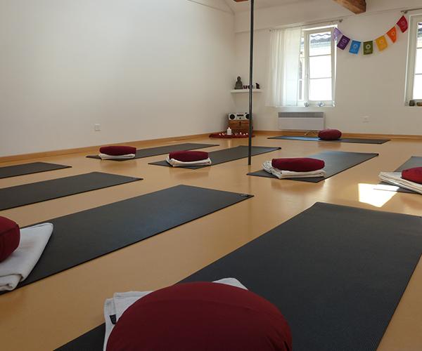 tanjas-yoga-loft-studio